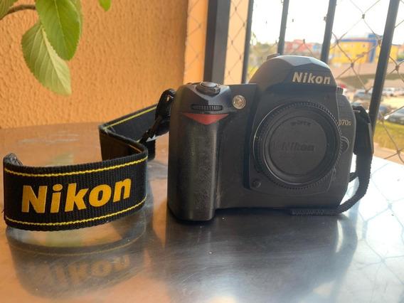 Nikon D70s Com 16k Clicks