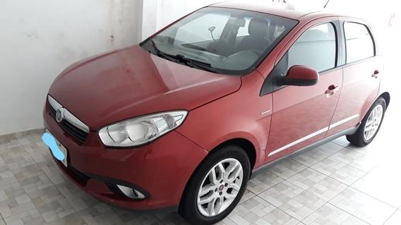 Fiat Grand Siena 2012/2013 Dualogic 1.6 Flex Vermelho