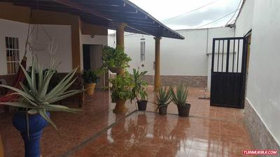 Casa En Urb. Corinsa En Cagua, Edo. Aragua