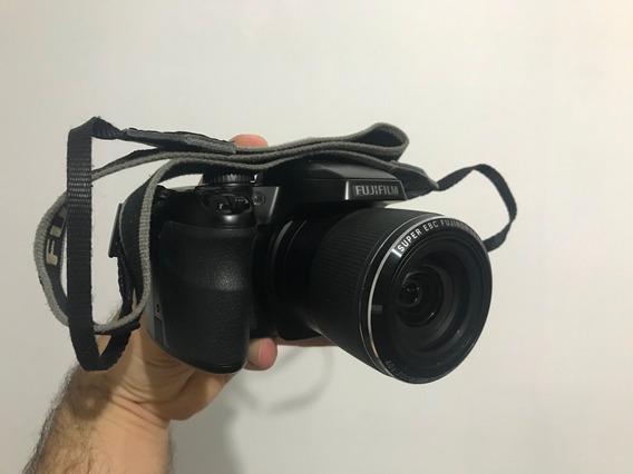 Cãmera Fujifilm Finepix S8200