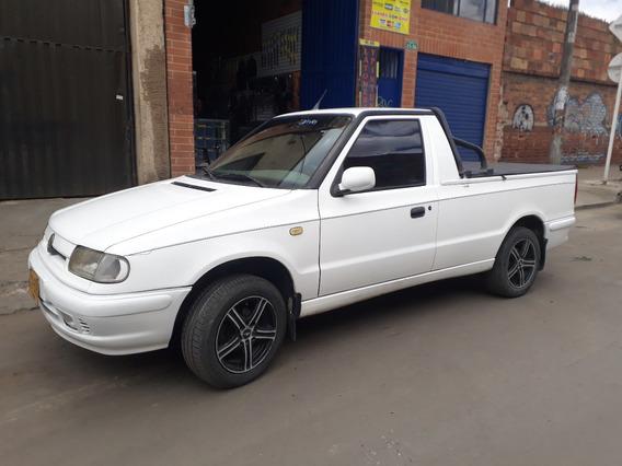 Pick Up Skoda Felicia 1300, Modelo 1999, Inyección
