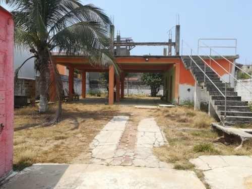 Terreno En Venta, Col. Petrolera, Coatzacoalcos, Ver.