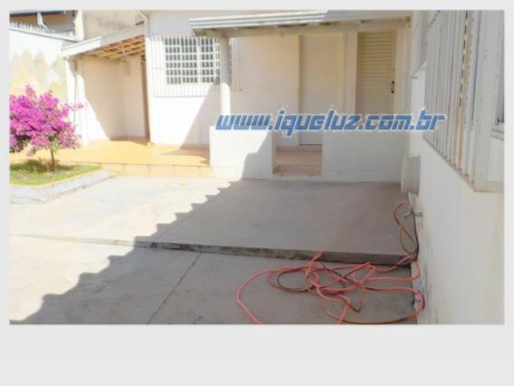 Casa Residêncial Para Alugar - 00302.002
