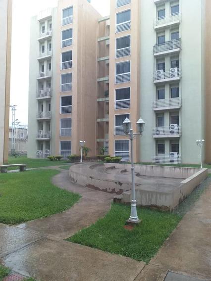 Apartamentos En Venta En Villa Geica 04128901630