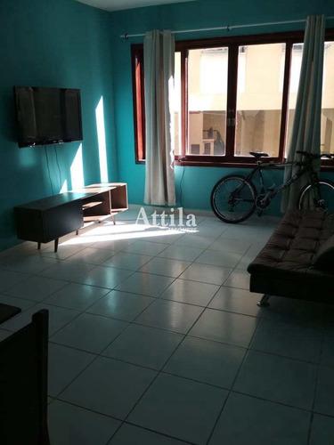 Imagem 1 de 9 de Apto Reformado, 1 Dormitório, 1 Vaga, Enseada - V2696