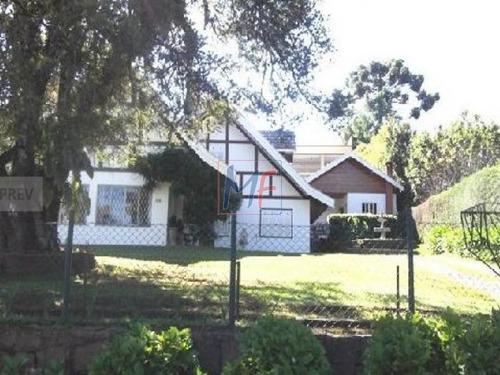 Imagem 1 de 6 de Lindíssima Casa Em Capivari Campos Do Jordão Com Casa De Caseiro E 6 Vagas - 4136