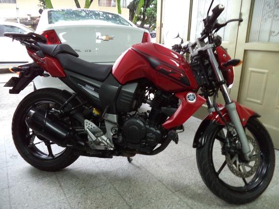 Yamaha Fz 150 C.c Roja Y Negra