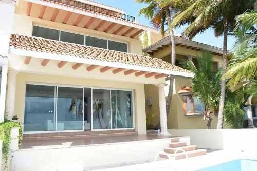 Casa En Venta Frente Al Mar Cancún En Residencial Las Quintas