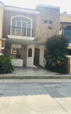 Casa Renta Residencial Plaza Guadalupe 2da Seccion