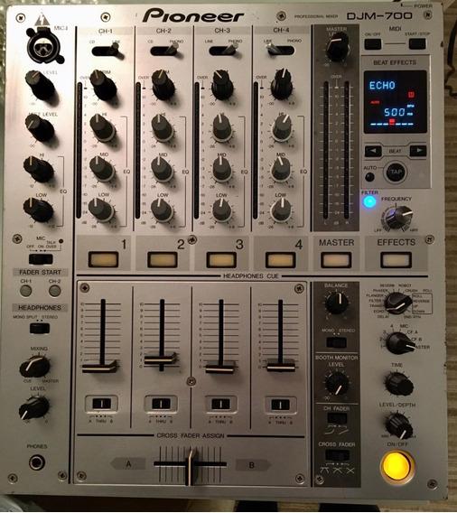 Mixer Pioneer Djm 700