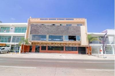 Local Comercial Sobre Ave Canseco En Marina Mazatlan 2do Nivel