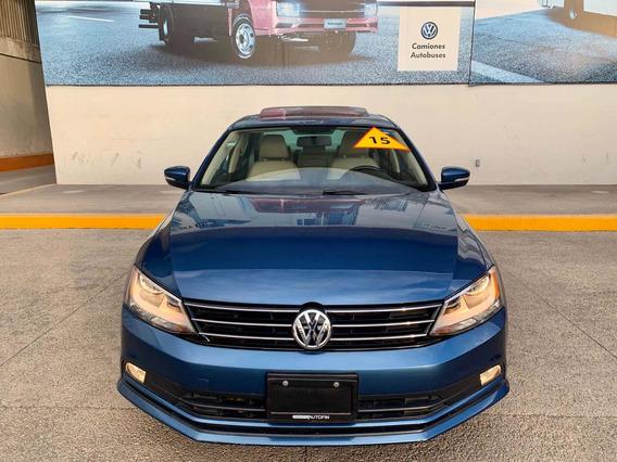Volkswagen Jetta 2.5 Sportline Aut 2015