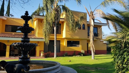 Casa De Campo En Venta, San Isidro Mazatepec