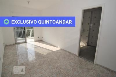 Apartamento No 3º Andar Com 2 Dormitórios E 1 Garagem - Id: 892933241 - 233241