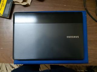 Notebook Np300e4a I3 2370 2.4ghz 1tb Con Detalle En Foto