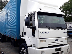 Ford Cargo 2428 - Ano 2010