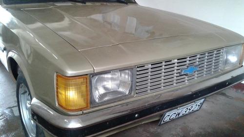 Imagem 1 de 8 de Chevrolet Comodoro