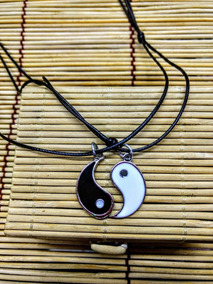 2 Colares Best Friend/namoro Yin Yang Cordão Couro 40 A 60cm