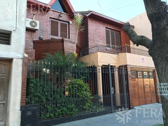 Venta De Casa 4 Ambientes Con Piscina, Quincho Y Cochera En Wilde (26188)