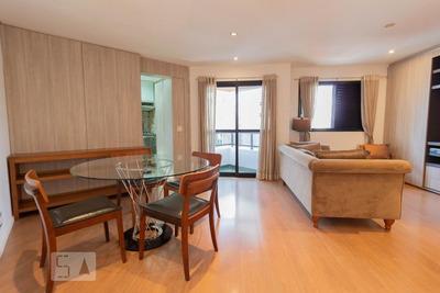 Apartamento No 11º Andar Mobiliado Com 1 Dormitório E 2 Garagens - Id: 892936469 - 236469