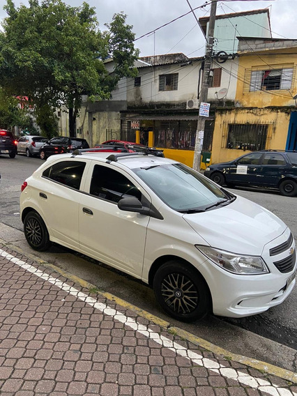 Onix Chevrolet 1.0mt Ls 2013 Branca