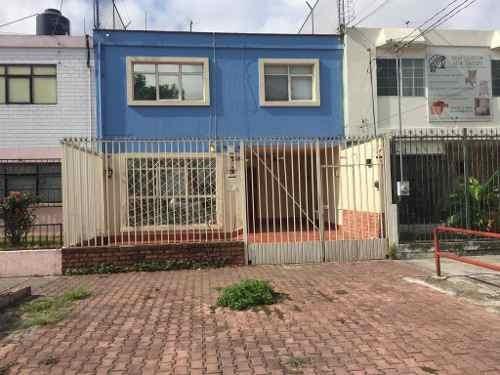 Casa En Renta En Jardines De La Cruz.