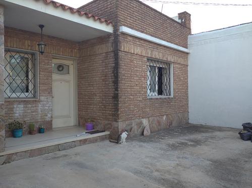 Casa De 4 Dormitorios Prado