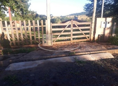 Rancho Para Venda Em Cassia / Delfinopolis No Condominio Aguas Da Canastra, 3 Dormitorios Sendo 1 Suite Em Uma Area Total De 1400 M2 - Ch00019 - 33406077