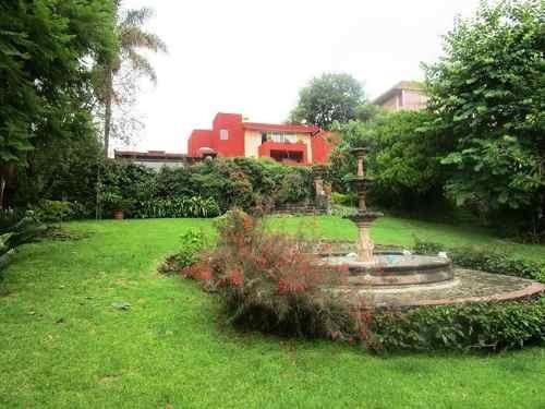 B3234.- Hermosa Casa En Santa Maria Ahuacatitlan