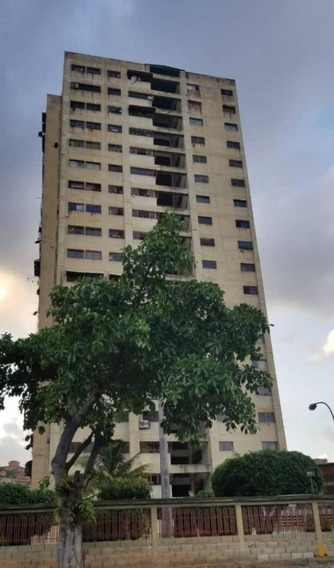 Apartamento En Venta Agente Aucrist Hernández Mls #20-6379