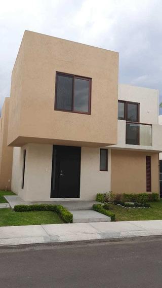 Bonita Casa 3 Recamaras Puerta Real Queretaro