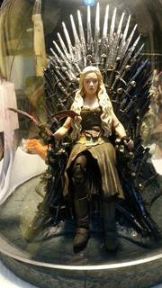 Figuras De Games Of Thrones,trono Hbo, Con Daenerys Y Dragon