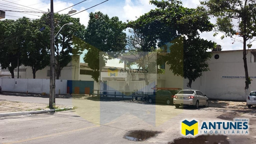 Imagem 1 de 5 de Alugue Galpão Em Condominio Com 286 M² Em Afogados - Ga-0449