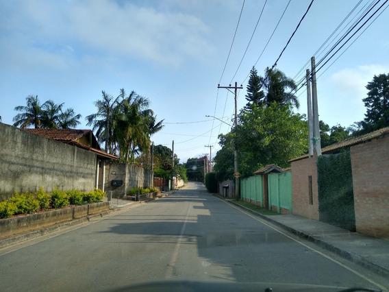 Belo Terreno / Com Escritura / Asfalto Na Porta