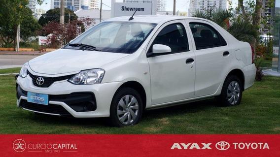 Toyota Etios X 2020 Blanco 0km