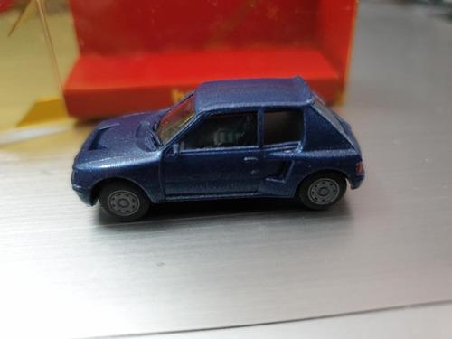 Auto Peugeot 205 Turbo Escala H0 Herpa