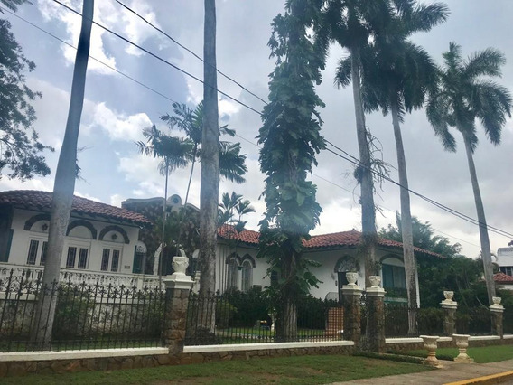 Unica Casa En Venta En La Cresta Panama Cv