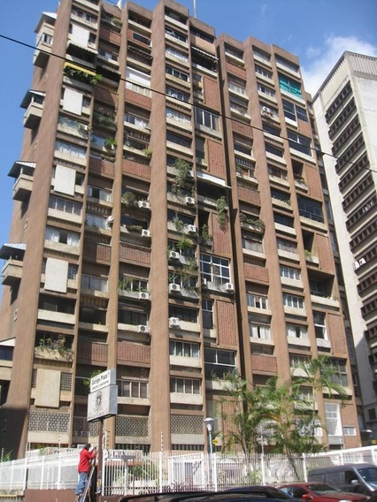 Apartamento En Venta - Los Palos Grandes - 20-21469