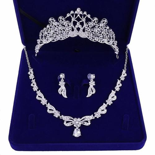 Imagen 1 de 5 de Tiara Corona Tocado Collar Aretes Set Novia Xv