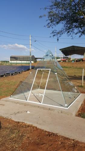 Imagem 1 de 2 de Piramide Para Meditacao Em Vidro Temperado