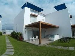 Oportunidad Casa De Playa En Exclusivo Condominio Asia Azul