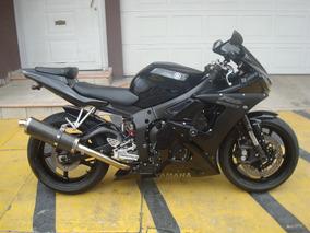 Yamaha R6s 2005 06 Raven Black Cbr Rr Ninja Bmw Motomaniaco
