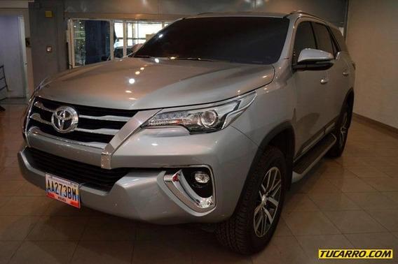 Toyota Fortuner Dubai - Automático