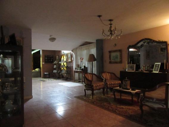 Casa Alquiler Las Delicias Maracay 0412-872.45.45