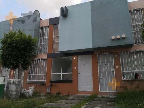 Casa En Venta Heroes De Puebla. Remodelada