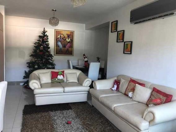 Apartamento En Las Delicias 04144237195