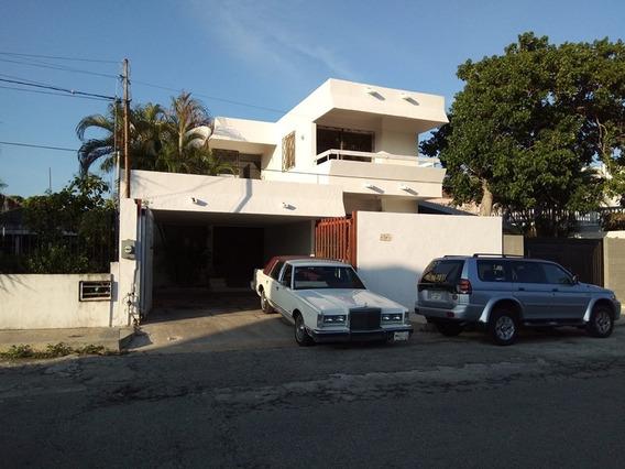 Casa 7 Habits Alberca Centrica Col Garcia Gineres