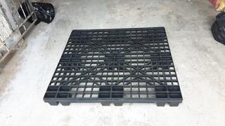 Palete Pallet Pallets Plástico 105x110x13 Cm Empilhavel P/ Até 500kgs