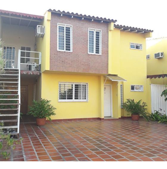 Propiedad Tipo Townhouse San Fernando