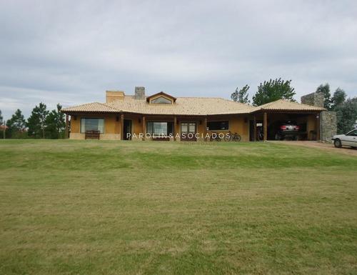 Casa Venta, Alquiler, El Quijote, La Barra- Ref: 3797